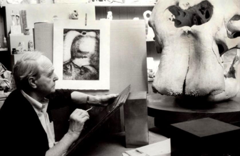 Henry Moore y el cráneo de elefante